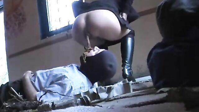sexy german mistress face shit