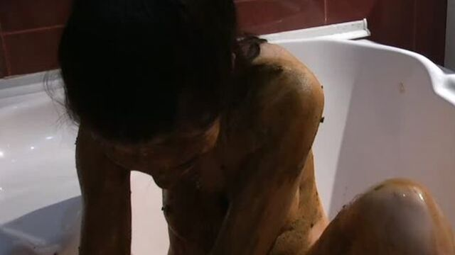 Gorgeous Matilda smears scat and plays with hersel